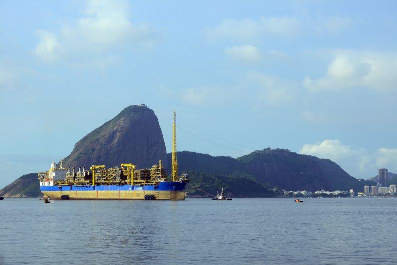 acordo com petrobras é rejeitado por petroleiros