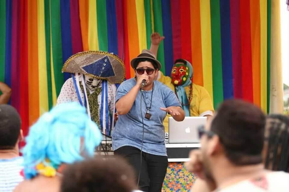 jéssica caitano é destaque do festival coquetel molotov