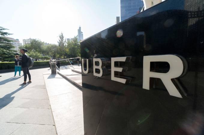 uber tem novo prejuízo bilionário após cair mais de 8%