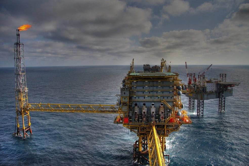 petróleo chega a menor nível de preco desde 1999 com crise da covid-19