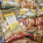 campanha de alimentos para pessoas necessitadas em boa viagem