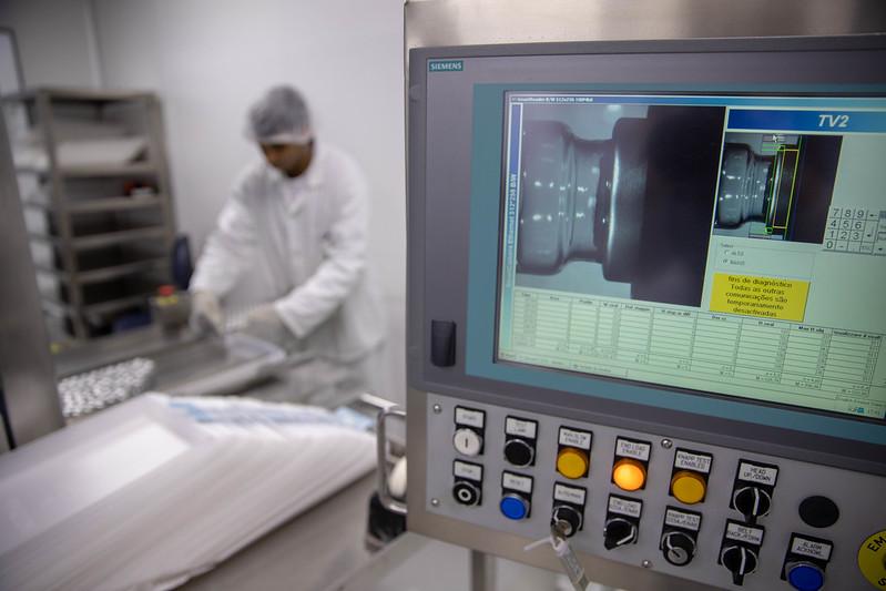 recorrência da covid-19 estudo aponta primeira morte no brasil