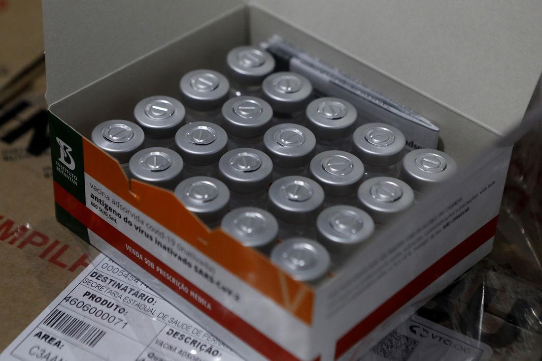 pernambuco aplica mais de 4 milhões de doses de vacinas contra a covid-19