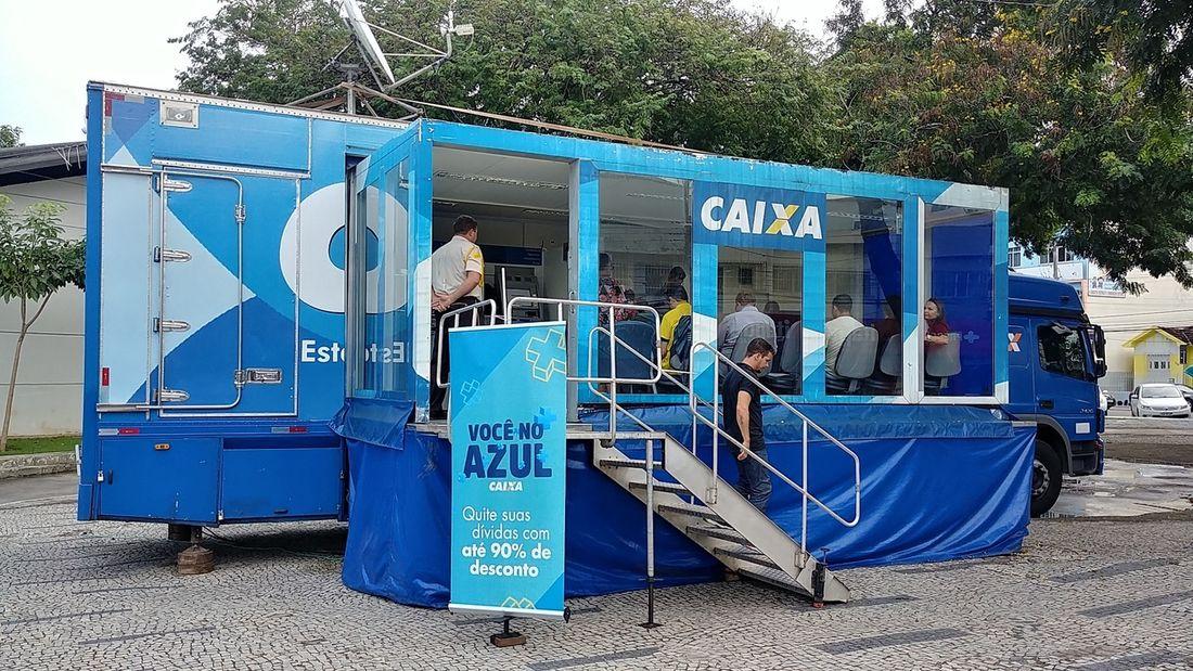 caminhão da caixa renegocia dívidas ainda dá tempo de comparecer